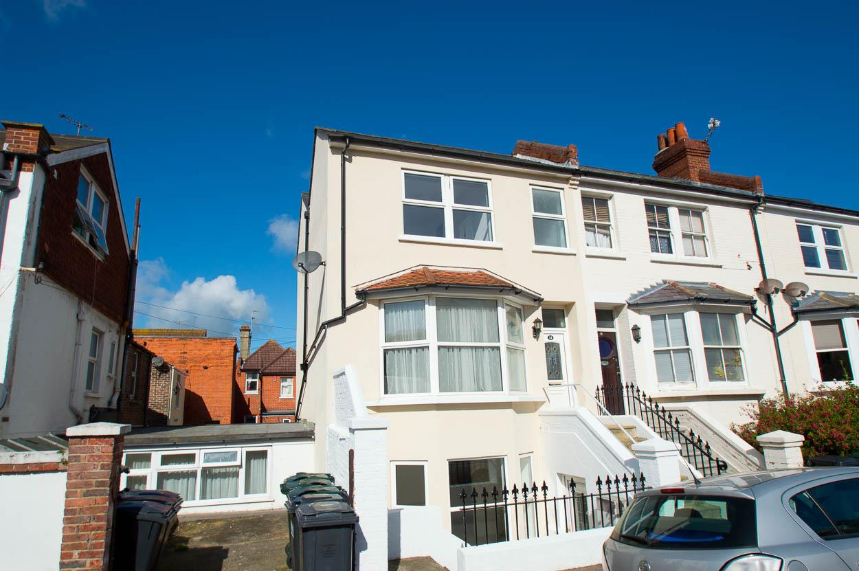 5 Bedrooms End Of Terrace House for sale in Rylstone Road, Eastbourne